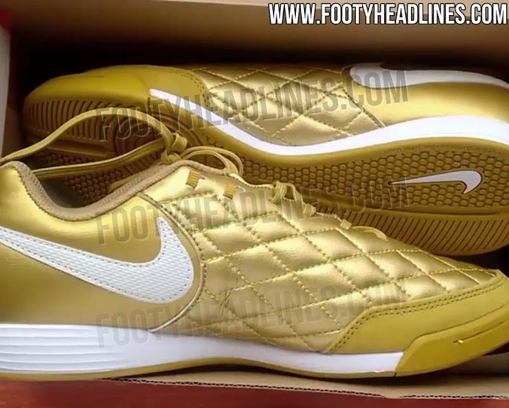 huge discount e0255 0b8ca Exclusive: Gold Nike TiempoX Ronaldinho 2018 Boots Leaked ...