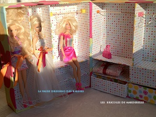 la cuisine de marderelle et ses autres bricoles la valise dressing des barbies enfin finie. Black Bedroom Furniture Sets. Home Design Ideas