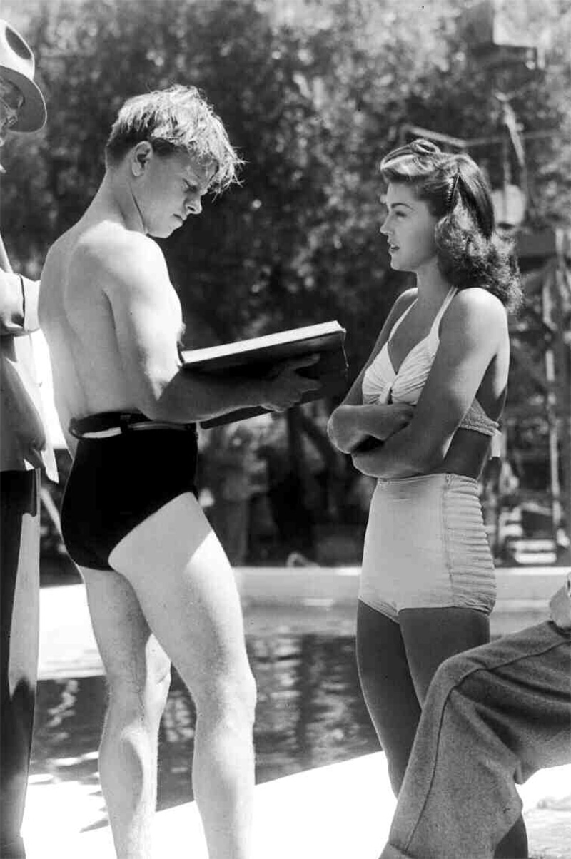 "1952 Esther Williams Press Photo in Movie /""Skirts Ahoy/"" Underwater Modernist"