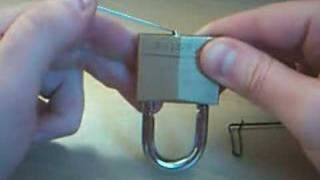Πώς θα ανοίξετε ένα λουκέτο αν χάσετε τα κλειδιά .VIDEO