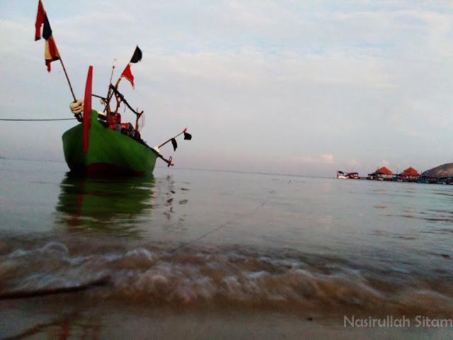 Selamat pagi pantai Kartini, Jepara