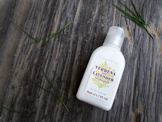 Crabtree and Evelyn Verbena and Lavender Body Lotion, Crabtree and Evelyn, Skincare, Body wash, Body lotion, beauty, beauty blog, top beauty blog of pakistan, redalicerao, red alice rao, beauty reviews, fragrances, smell sweet, summer fresh