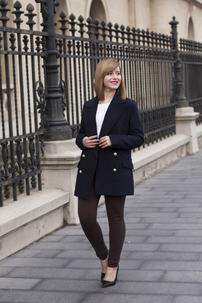 how to wear a lapel coat