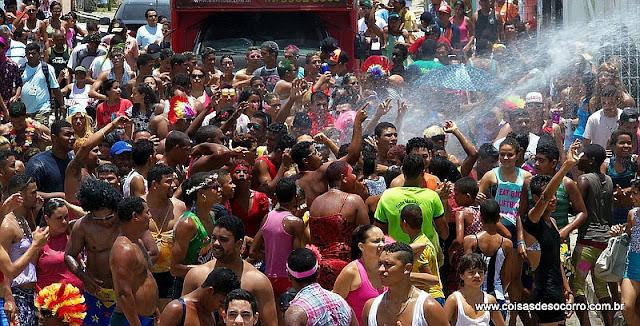 O beijo forçado no carnaval pode ser considerado estupro?