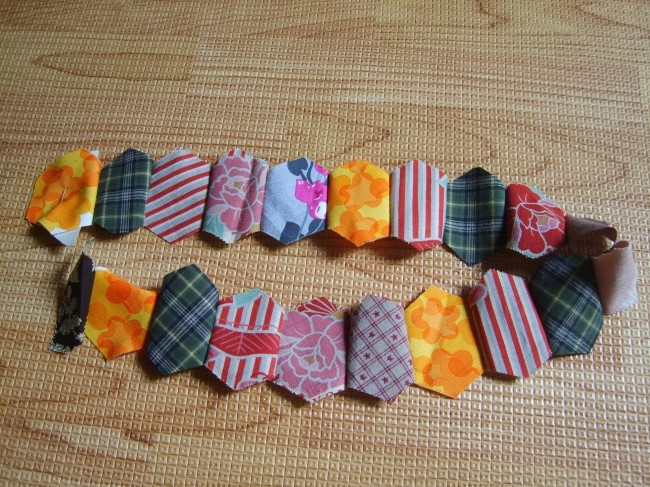 Japanese patchwork tutorial  zipper quilted appliqué handbag. DIY tutorial in pictures.