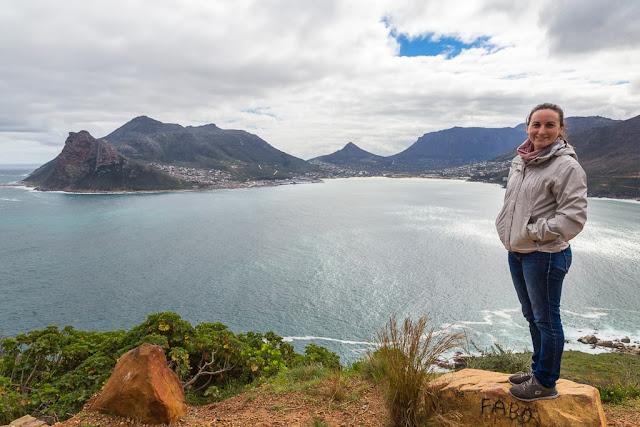 Vistas de Hout Bay desde un mirador de Chapman's Peak Drive, Península del Cabo, Sudáfrica