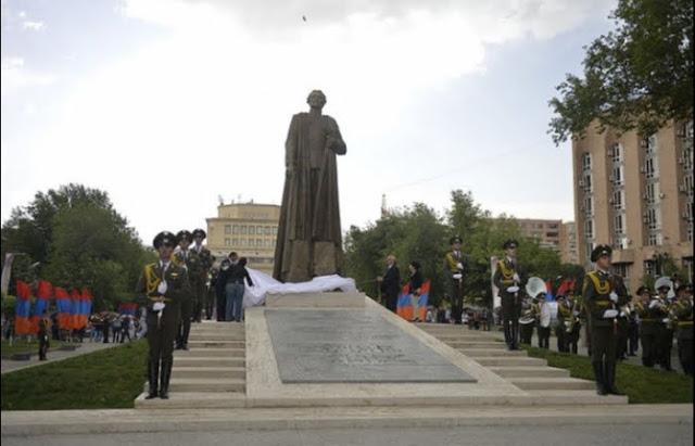 Georgia exige quitar estatua de Njdeh por considerarlo agente nazi