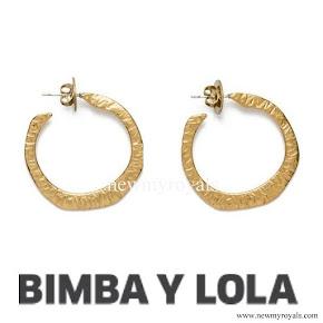 Queen Letizia wore Bimba y Lola Gold Earrings