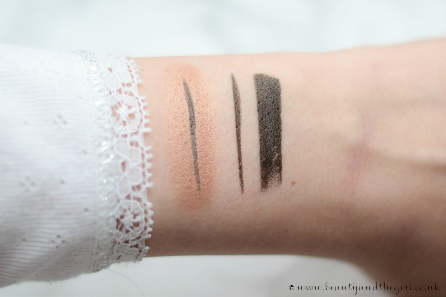 Maybelline Master Graphic Eyeliner Swatch