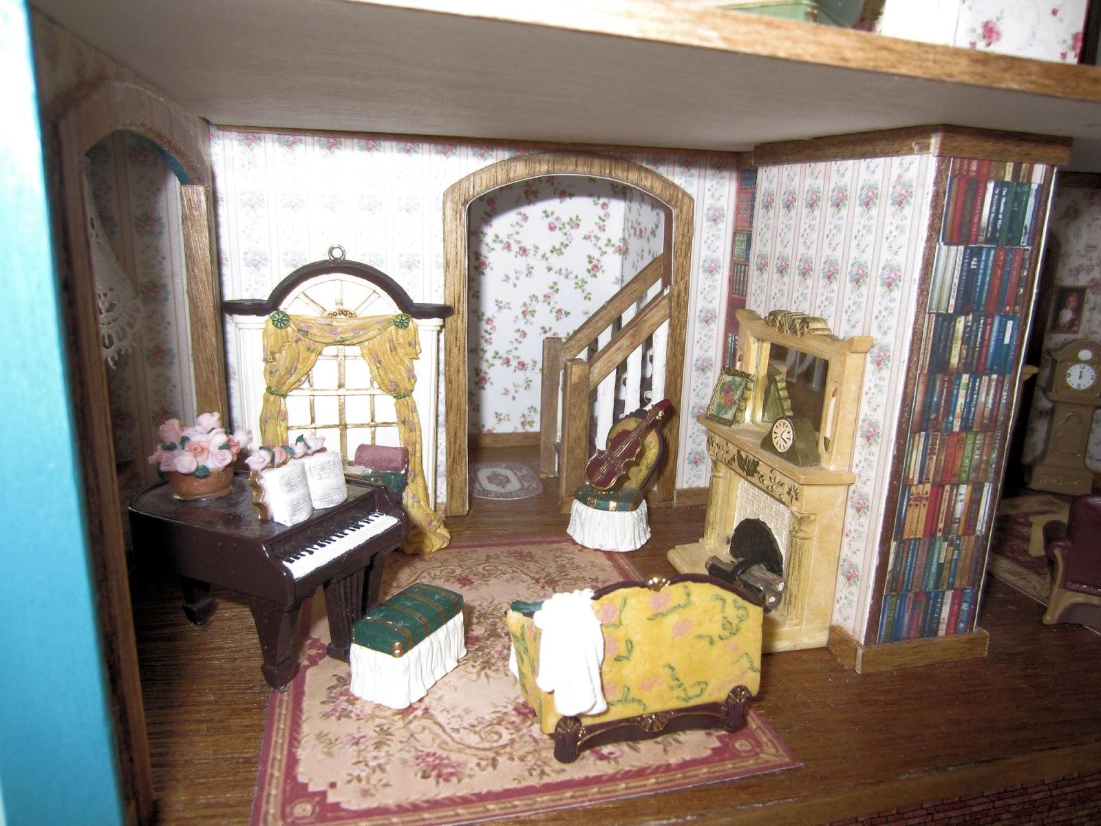 Dollhouse Dreams Fairfield Half Scale Victorian Dollhouse