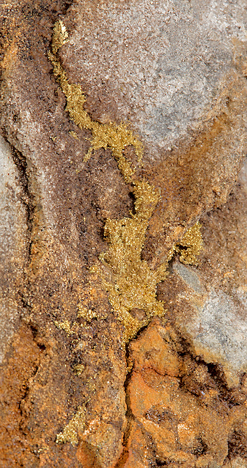Ouro e Pedras Preciosas