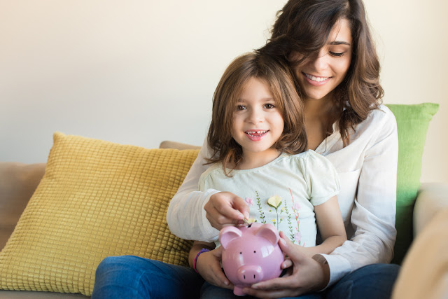 Tips on How to Teach Your Children to Save Money