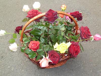 Что нужно чтобы дольше сохранить срезанные розы