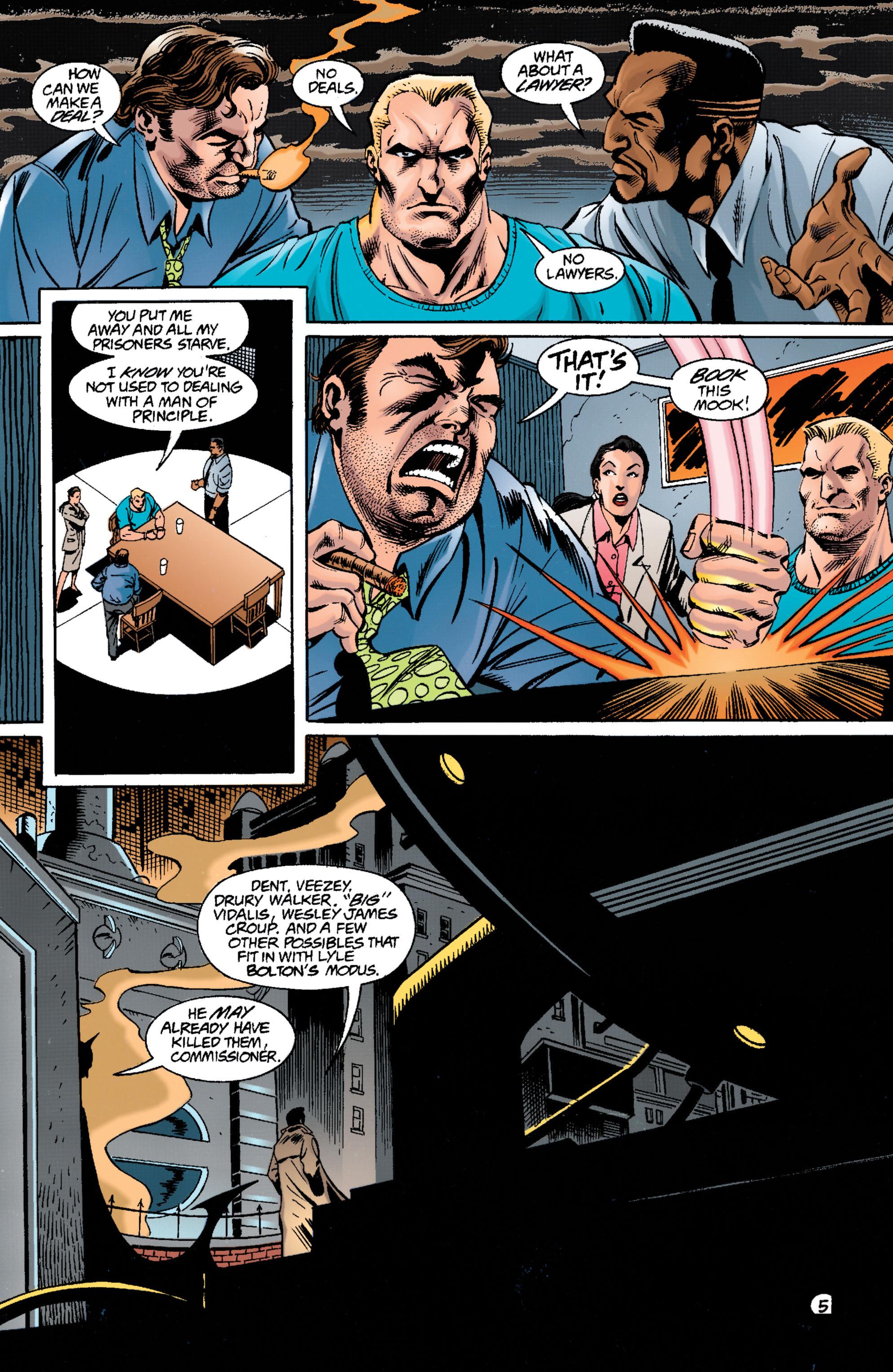 Detective Comics (1937) 698 Page 4