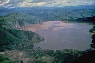 Cameroon Lake Nyos Carbon Dioxide Tragedy of 1986