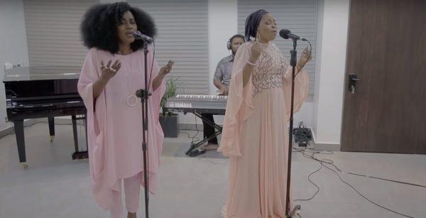 [Video] Tope Alabi & TY Bello – Iwo Lawa O Ma Bo
