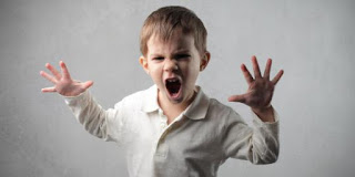 كتابة موضوع تعبير عن حقوق الطفل وكيفية التعامل معه