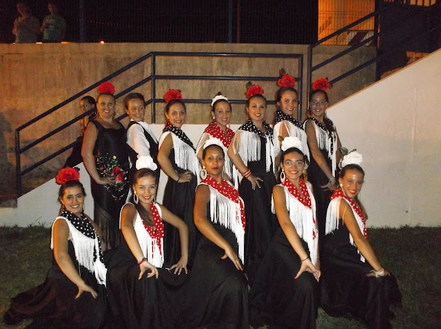 Grupo flamenco de Povoa de Sao Miguel.