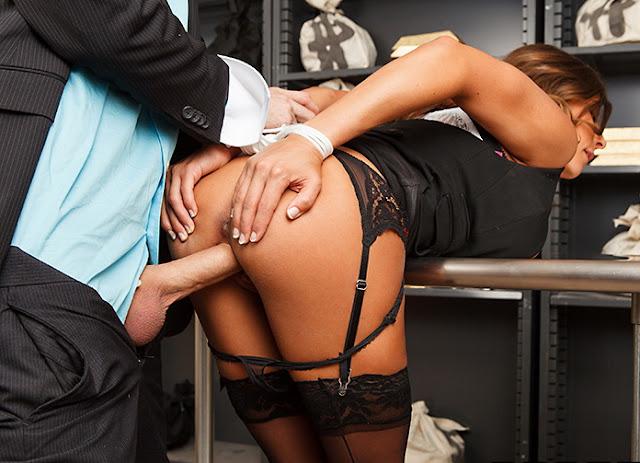 Ширинки нет секретарши, экзотическая эротика фото