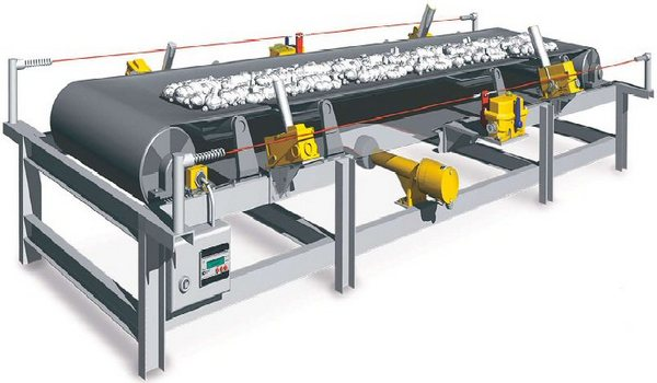 Conveyor belts as technical textiles