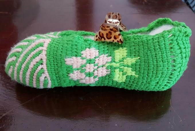 calçado em crochê tunisiano, com fio de helanca