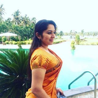 Mallu Actress Sreeya Remesh latest photos Navel Queens