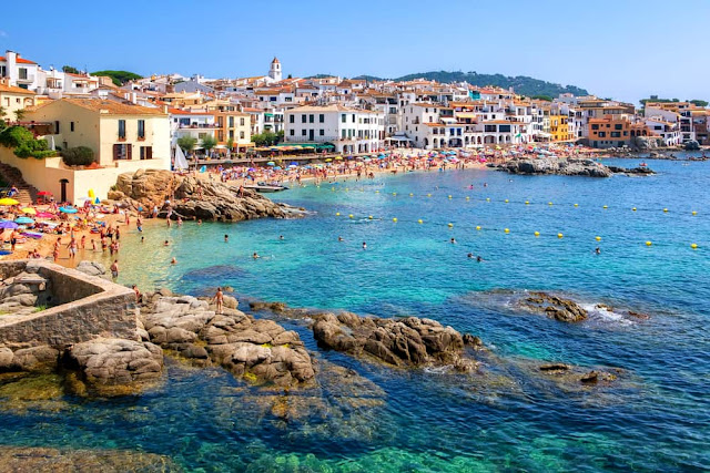 Costa Brava Vacation Packages