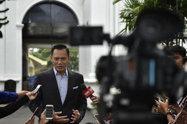 Pertemuan AHY dan Jokowi Dinilai Sebagai Sinyal Dukungan Demokrat