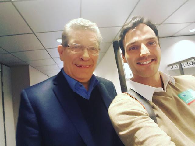 Député Européen Gérard Deprez avec l'artiste Ben Heine