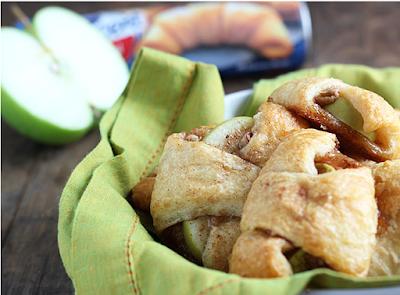 Crusty fruit-filled treat BITES #apple