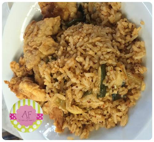Zack's Kubo | Chicken Kimchi Rice