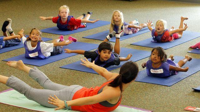 Lauding Hawkins County Schools for launching yoga, Hindus urge yoga in all Tennessee schools