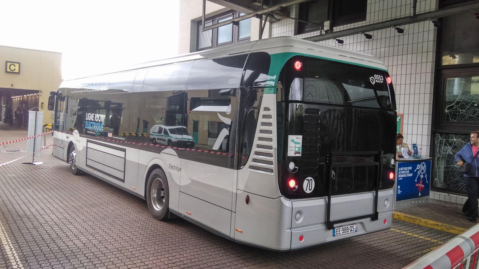 l u0026 39 arriv u00e9e des bollor u00e9 bluebus 12m sur la ligne de bus ratp 341  belliard  et du mat u00e9riel moderne