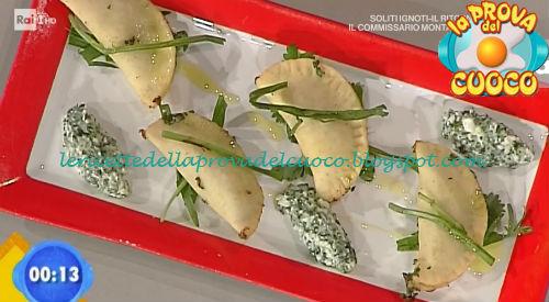 Panzerotti con erbe e stracchino ricetta Zoppolatti da Prova del Cuoco