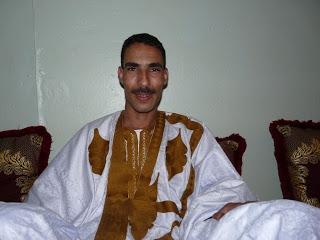 نقل المعتقل السياسي محمد التهليل الى مستشفى ببوزكارن والأخير يرفض تقديم العلاج للمعتقل المذكور