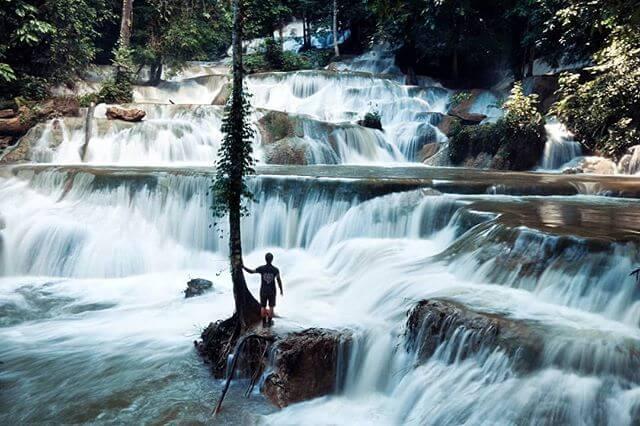 Air terjun Moramo, Sulawesi Tenggara - Foto @ethnictraveler