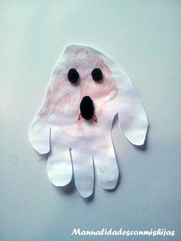 Fantasma - Halloween - Huellas de la mano y témperas