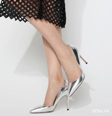 Làm thế nào để duyên dáng hơn khi đi giày cao gót