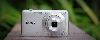 SONY Cyber-shot DSC-W710 Kamera Digital Bekas