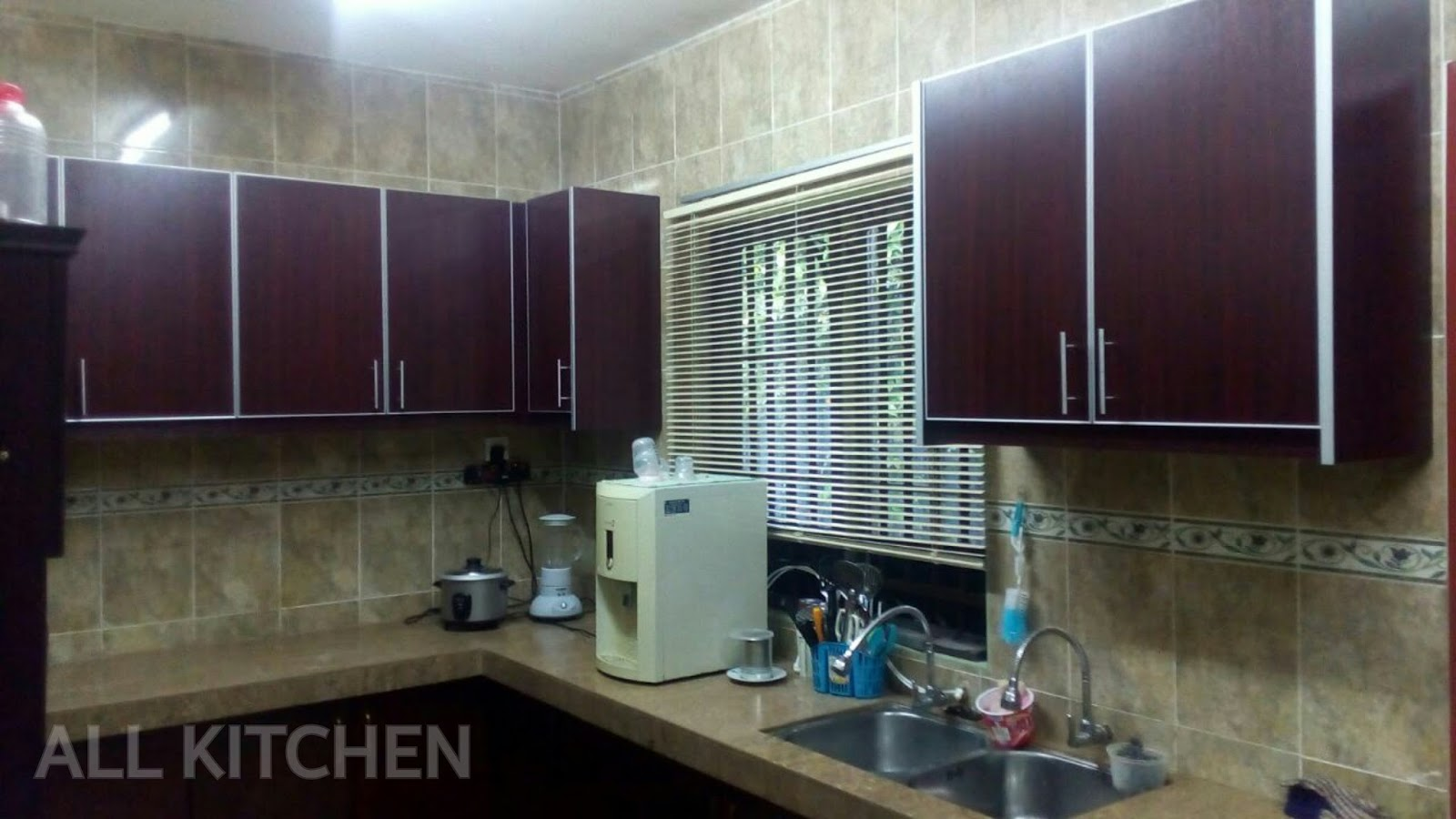 Kitchen cabinet kajang taman sri mewah for Harga kitchen cabinet 2016
