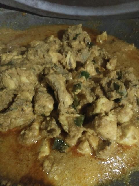 Rendang Ayam Cili Padi Mudah Dan Sedap, rendang ayam, mudahnya masak ayam, resepi rendang mudah dan sedap, resepi rendang ayam mudah dan sedap, sedapnya rendang ayam, cara buat rendang ayam, rendang ayam negeri sembilan, rendang ayam nogori, masakan ayam, resepi ayam, masakan ayam sedap dan mudah, rendang mudah dan sedap, bahan untuk masak rendang ayam, bahan untuk buat rendang ayam, ayam,