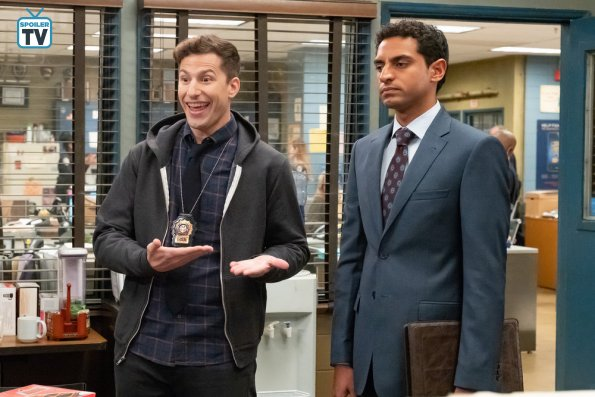 "NUP 184731 0159 595 Spoiler%2BTV%2BTransparent - Brooklyn Nine-Nine (S06E07) ""The Honeypot"" Episode Preview"