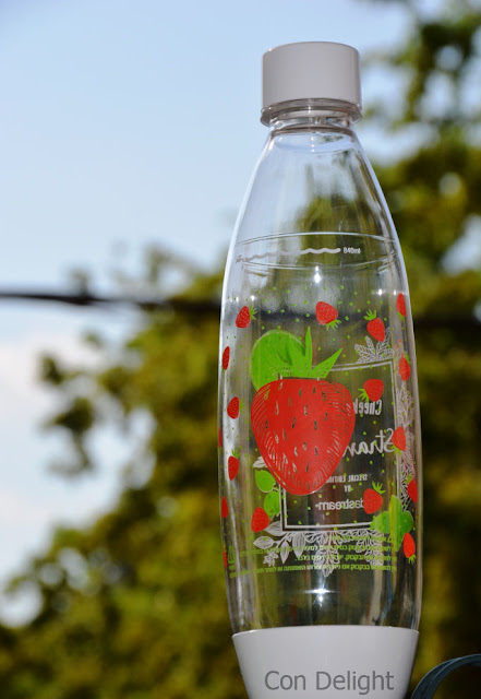 soda stream strawberry bottle infused water