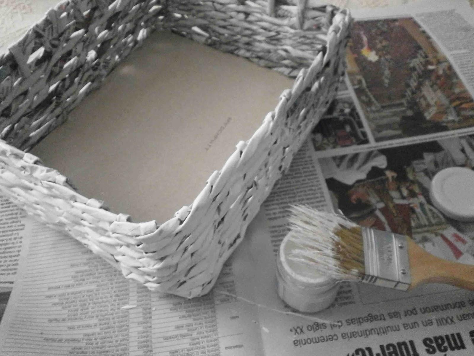 Manualidades herme diy como hacer una cesta de papel de - Decorar cestas de mimbre paso a paso ...