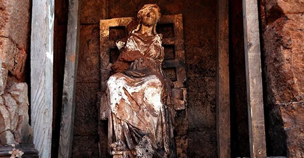 2,100 year old statue of Cybele unearthed in northwestern Turkey