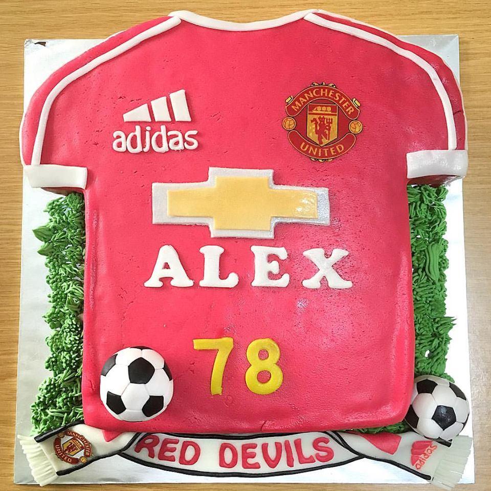 3d4654d9195 Man Utd Football Shirt Cake