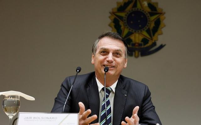 Pastora afirma que Jair Bolsonaro é o ANTICRISTO