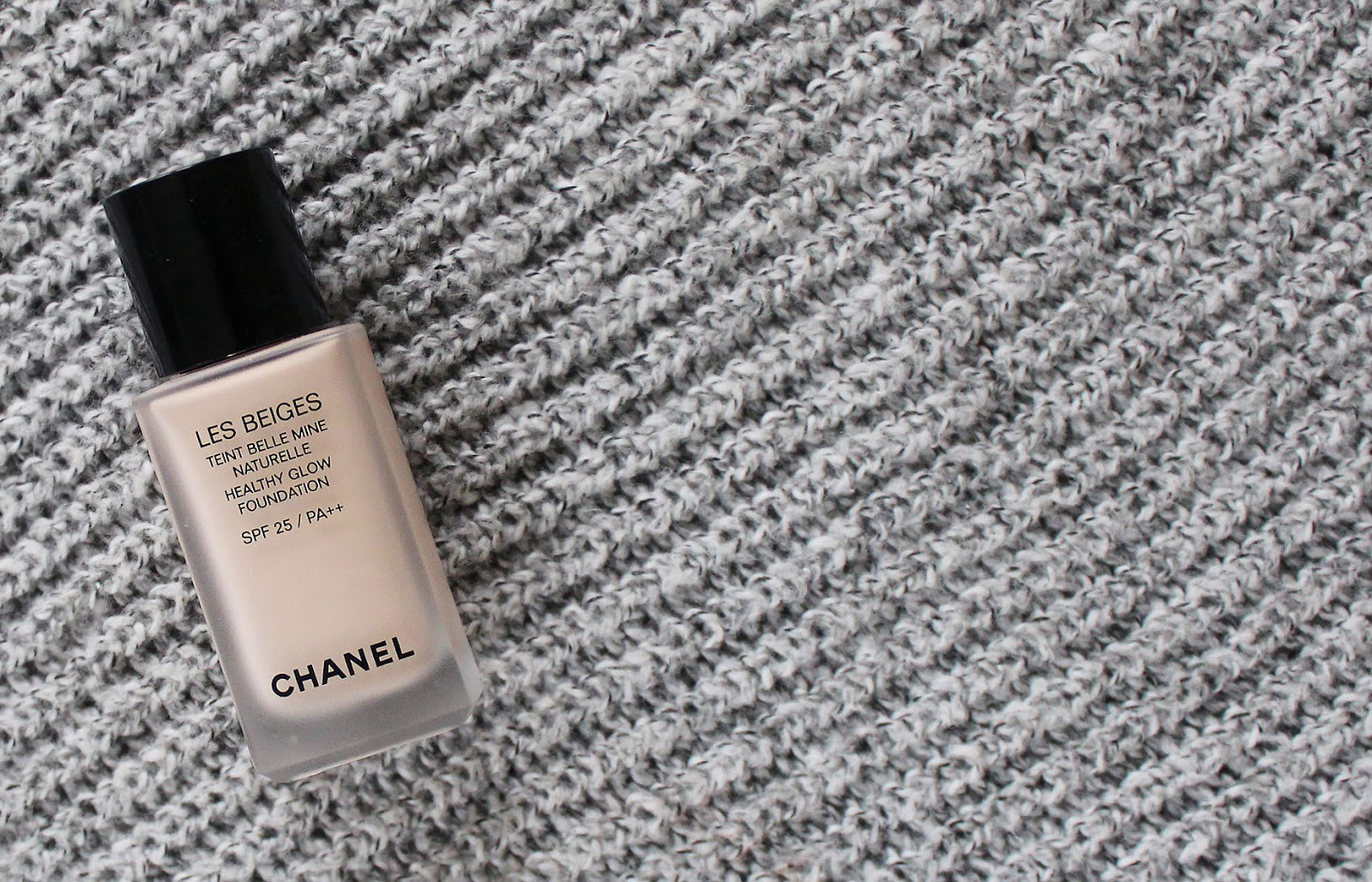 8ff3422655c The new Chanel Les Beiges foundation was the new spring release that I most  eagerly anticipated. Chanel s Perfection Lumiere and Lumiere Velvet  foundations ...