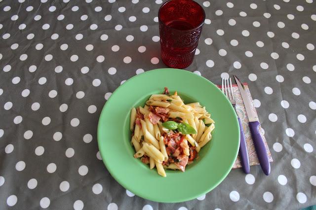 receita, penne com molho de tomate e presunto, receita, henrique sá pessoa, blogue de casal