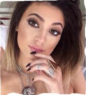 Kylie Jenner Hace Tatuaje